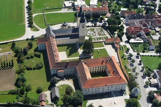 De Dom van Gurk en het klooster