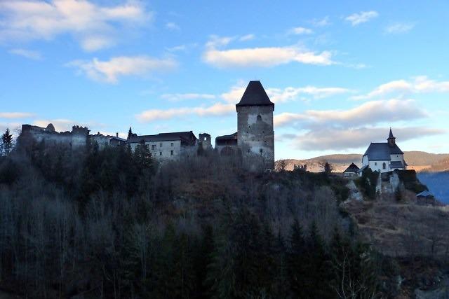 De ruïne van Burg Petersberg