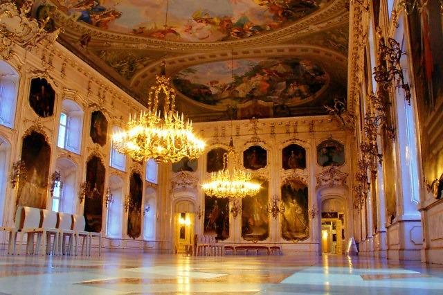 Zaal van de Hofburg in Innsbruck