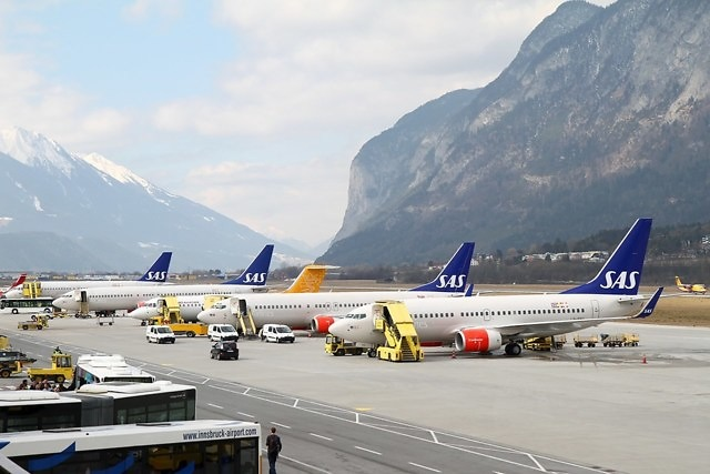 De luchthaven van Innsbruck
