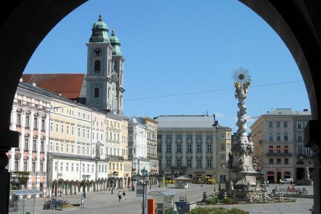 De Hauptplatz van Linz