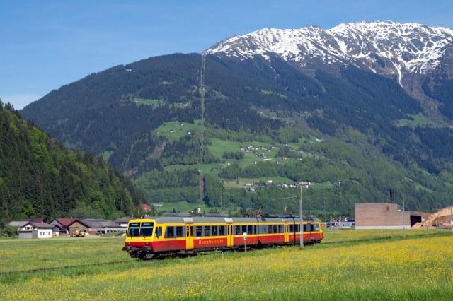 De Montafonerbahn vlakbij Kaltbrunnen