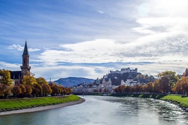 foto: Salzburg aan de rivier