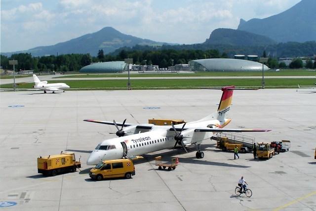Op het vliegveld van Salzburg