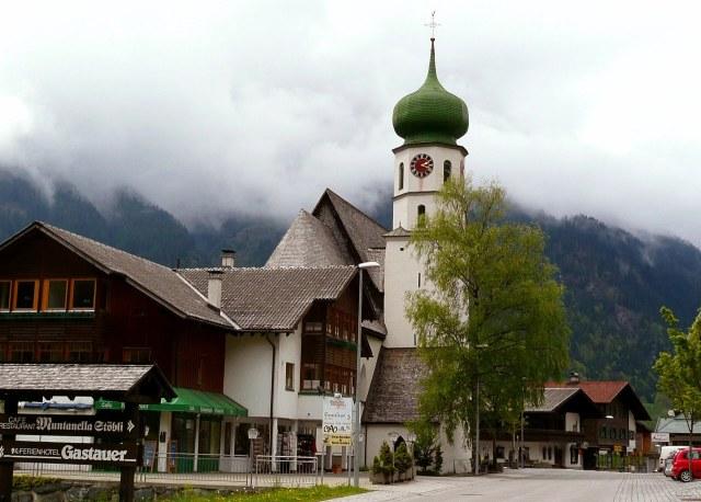 De kerk van Sankt Gallenkirch is het beginpunt van je route