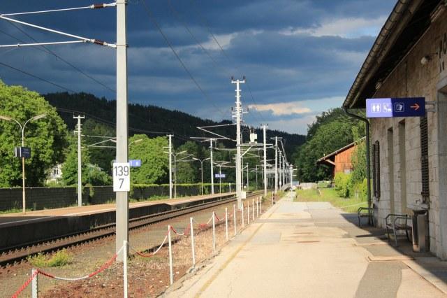 Een van de vele kleine stations
