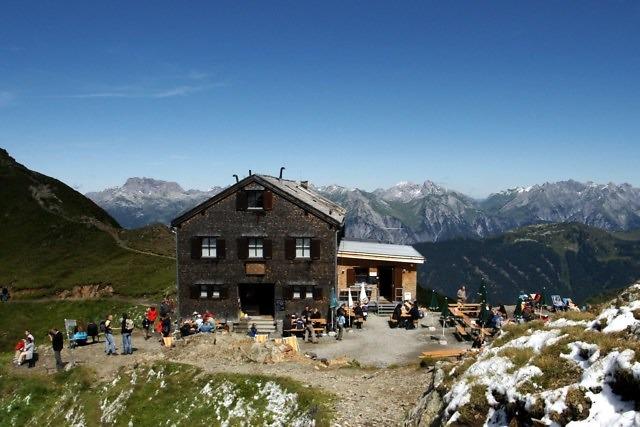 De Wormser Hütte hoog in de Alpen