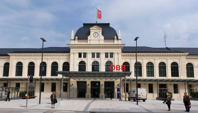 Het station van Sankt Pölten