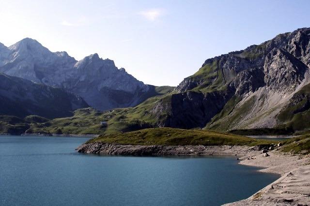 De Lünersee hoog in de bergen
