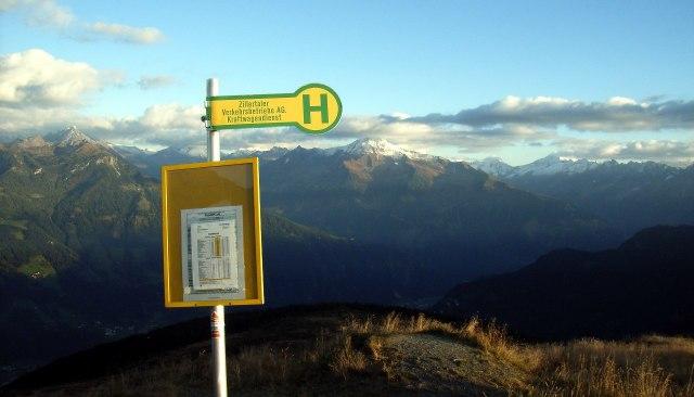 Ook in de Alpen heb je bushaltes