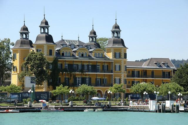 Het schitterende Schloss Velden